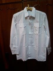 Рубашка мужская  белого цвета